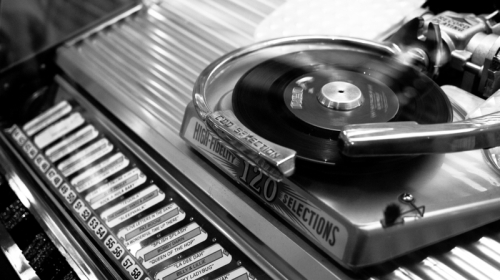 black and white vintage vinyl jukebox 3897x2192 wallpaper_www.wallpaperhi.com_70